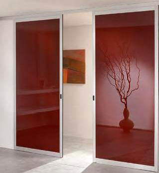Portes coulissantes rouges