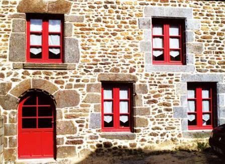 Pose de fenêtres par la menuiserie à La Roche sur Yon, Longin Joel