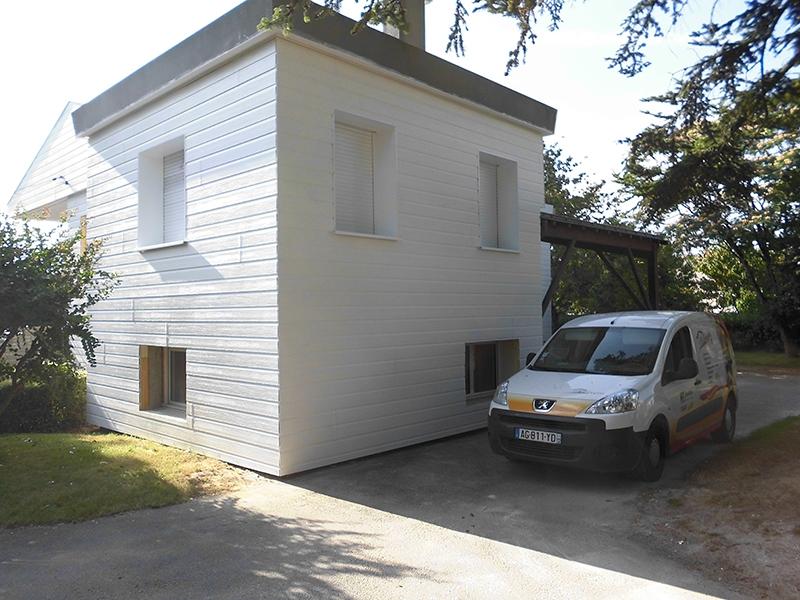 Réhaussement d'un garage par la menuiserie à la Roche sur Yon, Longin Joel